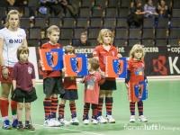 Einlaufkinder vor dem ersten Halbfinale TSV Mannheim - Club an der Alster