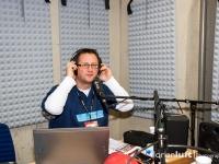 Michael Donnermeyer im Studio des Hockeyrdios in der Max-Schmeling-Halle
