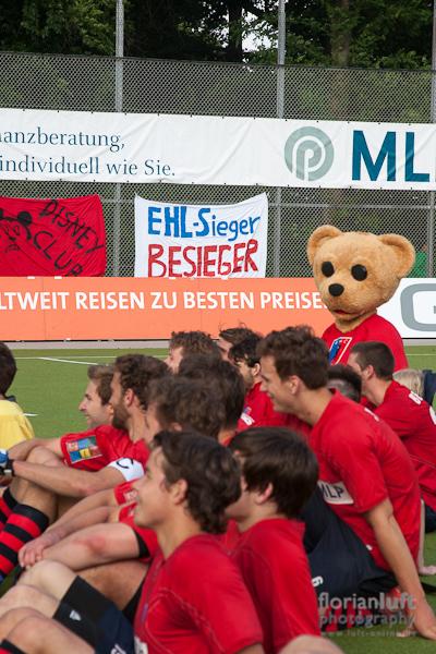 BHC besiegt den EHL-Sieger UHC