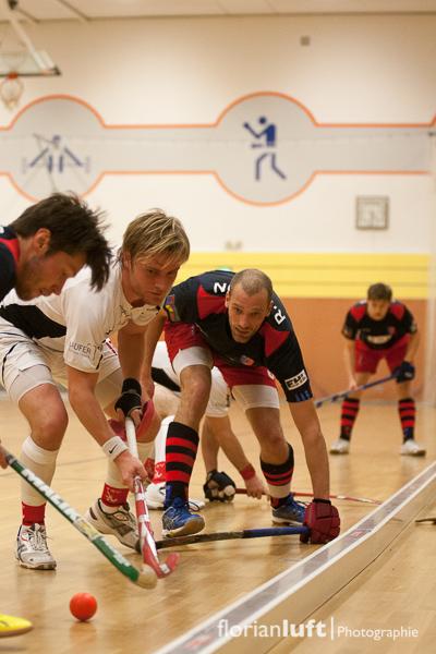 Martin Zwicker (li., BHC), Carsten Müller (mi., TSV Mannheim) und Richard Braun (re., BHC)