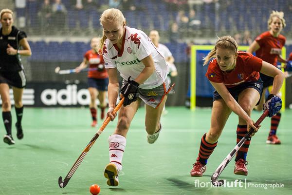 Jessica Reimann (li., Alster) und Anke Grueneberg (re., BHC)